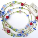 necklace__blue_red_pink_green_yellow_beads_annkn1yel__938b8974