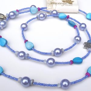 necklace_blue_pearlescent_blue_flat_red_grey_beads_pupalan3blu__9c977491