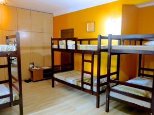 Saffron Room - Dorm for 8 Girls